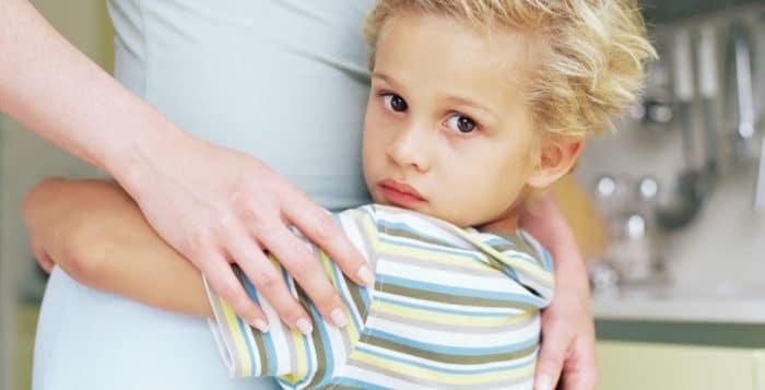 Riconoscere l'ansia da separazione nei bambini